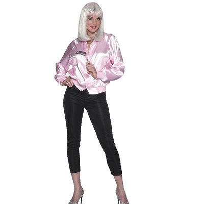 Dames Grease jas Pink Lady, bekend van de Grease film. Op de achterzijde van deze Grease jas staat Pink Lady. Materiaal: 100% polyester. Carnavalskleding 2015 #carnaval