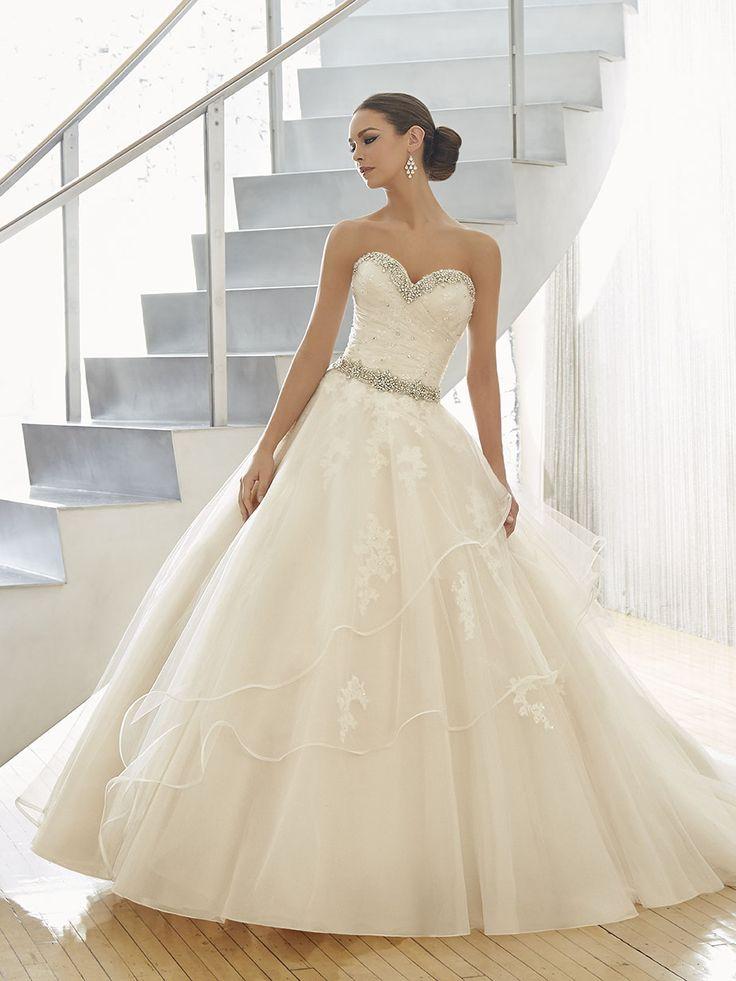 Royal Esküvői Ruhaszalon 51129 - Nell