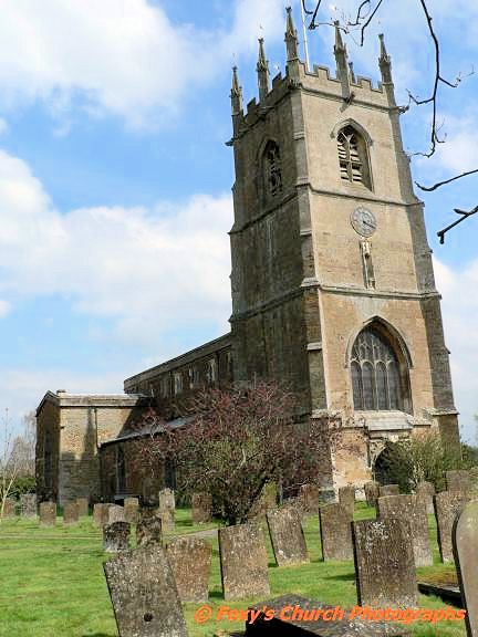 hook norton oxford england | St Peter's church at Hook Norton, Oxfordshire, England.