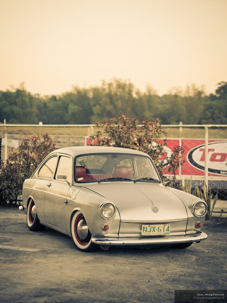 planetmorse: sunrise photoshoot at the racetrack. shot during the first leg of the Phil. VW-Kafer Cup