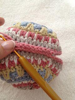 Annoo's Crochet World: Free Pattern Gorgeous Crochet Xmas Ornament Mandala Inspired