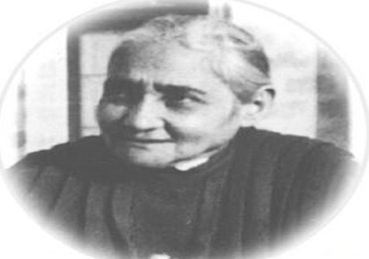 Sierva Luisa Piccarreta Vivio durante 64 años alimentandose solo de la Eucaristía, la pequeña hija de la Divina Voluntad, Italia y la meditacion de las horas de la pasion de Jesus