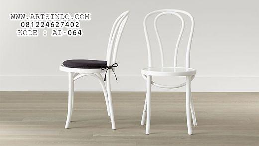 JualKursi Cafe Murah Thonet Model Terbaru Kursi Cafe Murah Thonet merupakan sebuah kursi cafe ( cafe chairs ) modelterbaru dengan bahan kayu kualitas bagus dengan desain yang simple dinamis , adapun bahan yang kami pakai dalam membuat produk furniture cafe ini adalah kayu jati , kayu mahoni , dan kayu trembesi, dari segi harga & …