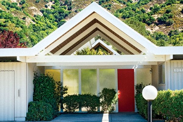 The residents of Upper Lucas Valley today protect the aesthetics of their homes to keep them looking as they did when they were constructed.