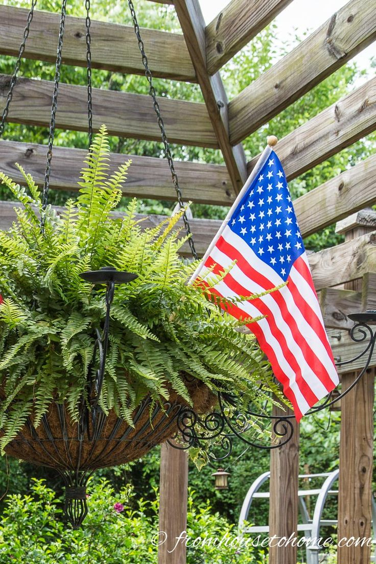 Easy fourth of july outdoor decor ideas outdoor decor for 4th of july decorating ideas for outside