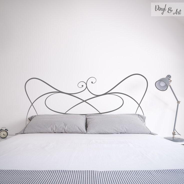 Vinilo Adhesivo Decorativo Cabeceros - Cabecero Caracol. El dormitorio nos permite jugar con la imaginación, para hacer espacios creativos, únicos y con estilo. Uno de los elementos clave de este espacio son los cabeceros. Son una forma fantástica de dar un toque particular y personal a tu cama.  www.vinylandart.com #vinilos #adhesivos #decorativos #vinylandart #arte #diseño #inspiracion #cabeceros