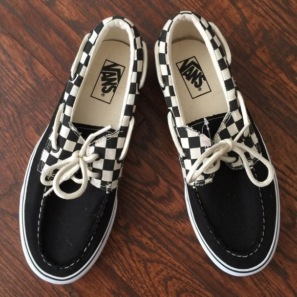 Classic Checkerboard men's Vans NWOT Never worn classic west coast shoe Vans Shoes Athletic Shoes