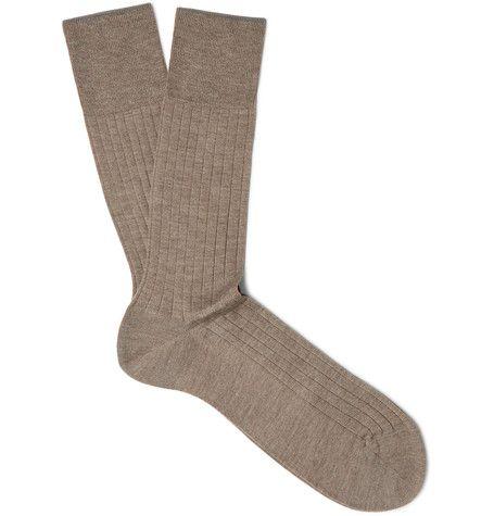 FALKE Ribbed Cashmere Socks. #falke #cloth #socks