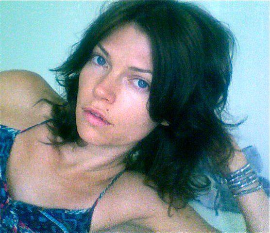 Pictures & Photos of Nicole de Boer - IMDb