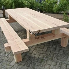 25 beste idee n over picknicktafels op pinterest - Ligstoel pour table ...