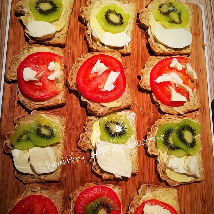 Homemade bread with tomato kiwi fresh cheese and mozzarella#organic #plantbased #bread #glutenfree #wheatfree #toxinfree #pure #nature #healthy #food #eatclean #fresh #healthydetoxsmoothie #lifestyle #fitness #yoga #gym #friends #family #igers #ironman #photo #breakfast #friday #nutrition #body #feelgood #enjoy  detox glten free healthy cleaneating