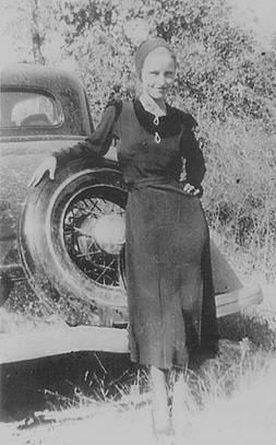 Bonnie Elizabeth Parker was born on October 10, 1910, in Rowena, Texas.