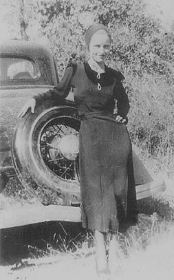 Bonnie Elizabeth Parker was born on October 10, 1910, in Rowena, Texas.