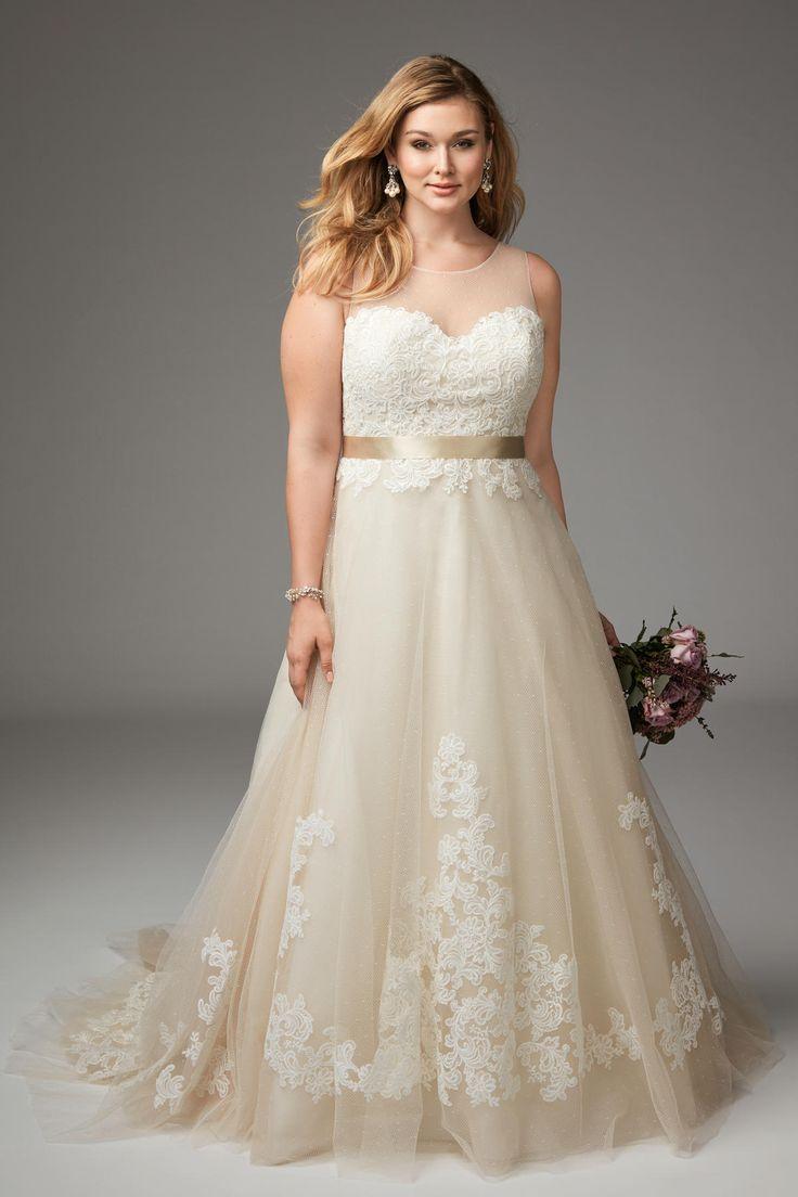 Best 25 Plus size brides ideas on Pinterest  Plus size wedding Plus size wedding gowns and