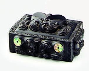 A early 20th centuryNgati Tarawhai ebonised lidded box,   Ngāti tarāwhai hard core!