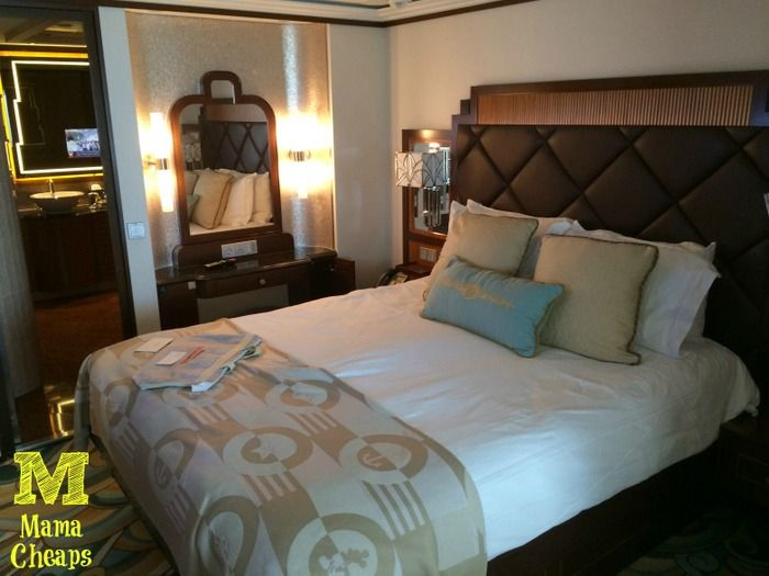 Disney Dream Cruise Ship Concierge Cabin 12506 Review - If you're looking for a feeling of luxury on the high seas, check out this one bedroom suite on the Disney Dream!
