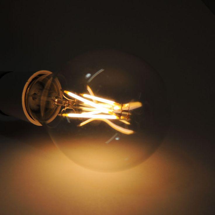 Bombilla LED A60 E27 6W (Imitación filamento). Para uso decorativo (candelabro y lámparas colgantes). http://www.barcelonaled.com/bombillas-led/530-bombilla-led-filamento-a60-e27.html