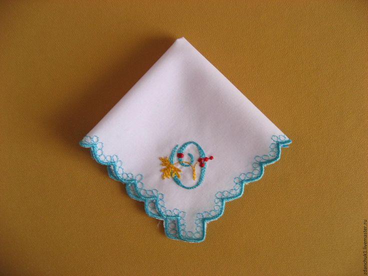 """Купить Платочек носовой буква """"О"""". - платочек с вышивкой, гладь, алфавит, буквы, буквы на заказ"""