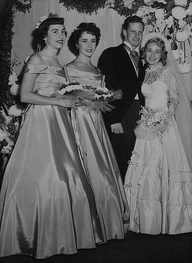 Jane powell dating history, 2021, 2020, list of jane powell relationships. Elizabeth Taylor At The Wedding Of Jane Powell 1949 Jane Powell Elizabeth Taylor Old Movie Stars