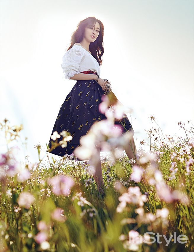 Secret's SunHwa for Instyle Korea May 2015. Photographed by Choi Sung Hyun