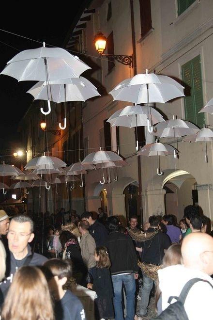 WOW2012. Le immagini della notte bianca di Scandiano - Foto e video - Gazzetta di Reggio