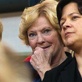 Pat Summitt looks on as Tyler Summitt's Louisiana Tech Lady ...
