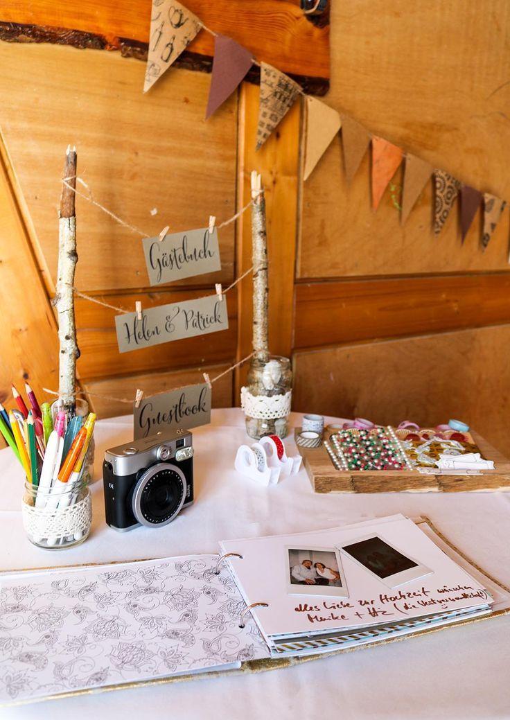 super DIY – Gästebuch für die Hochzeit – Ein besonderer Gästebuch-Tisch › Anleitungen, Do it yourself, Hochzeit › Dekoration Hochzeit, DIY Hochzeit, Gästebuch, Gästebuch Hochzeit, Hochzeit, Ideen Hochzeit