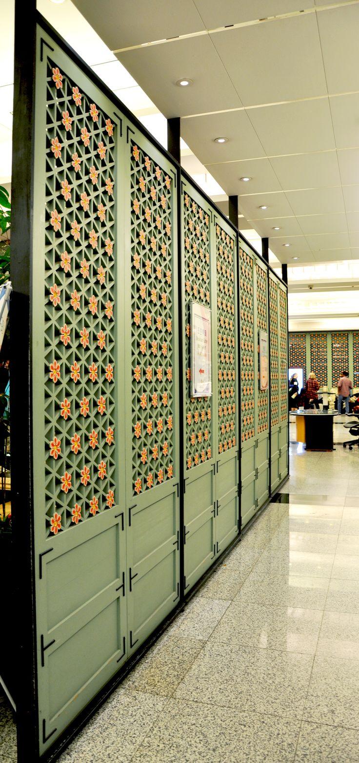 panel screens
