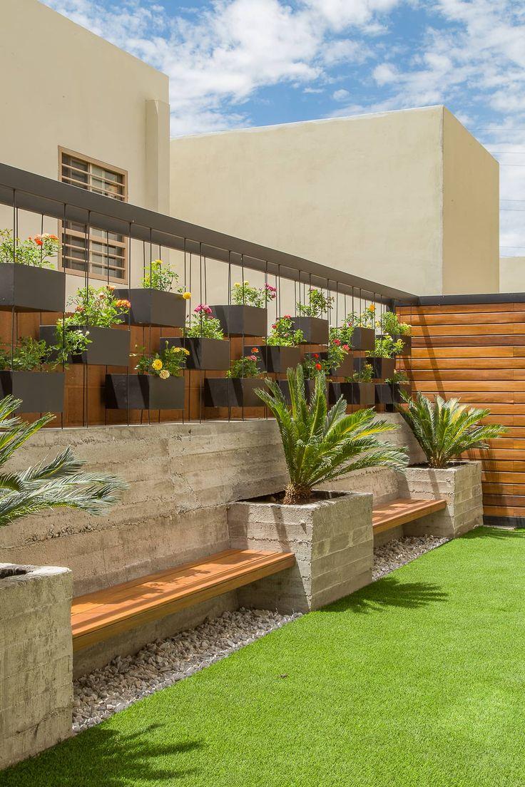 Rea exterior caf jardines de estilo por s2 arquitectos for Decoracion exterior jardin contemporaneo