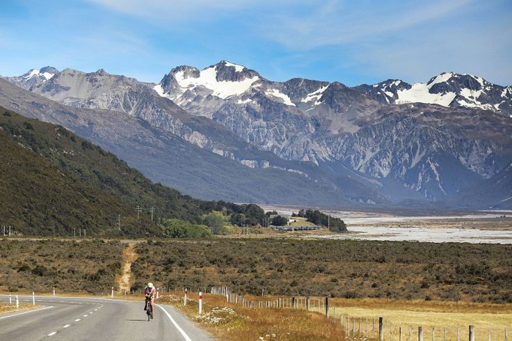 Jess Simson on the scenic cycle leg at Coast to Coast – PHOTO: Martin Hunter, Getty Images