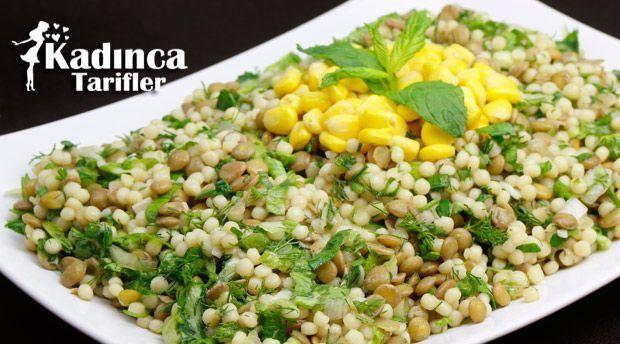Kuskuslu Yeşil Mercimek Salatası Tarifi nasıl yapılır? Kuskuslu Yeşil Mercimek Salatası Tarifi'nin malzemeleri, resimli anlatımı ve yapılışı için tıklayın. Yazar: Sümeyra Temel