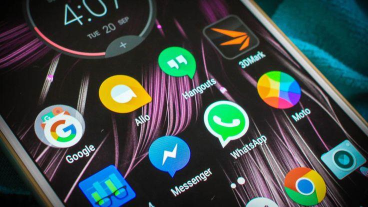La nueva app de mensajería de Google utiliza inteligencia artificial para sugerir recomendaciones dentro del texto, pero con WhatsApp...