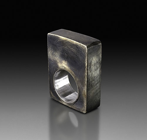 Empty ring 2010, Silver, oxidation by Gigi Mariani (IT)