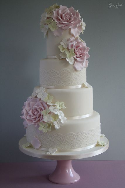 Rose & Hydrangea cake by Cotton and Crumbs, via Flickr