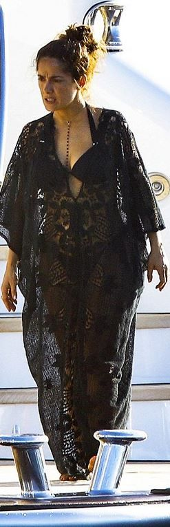 Salma Hayek,black lace gown