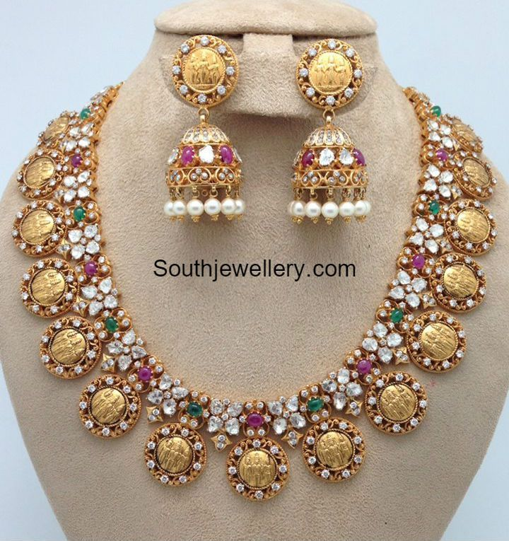 Ram Parivar Pacchi Necklace and Jhumkas
