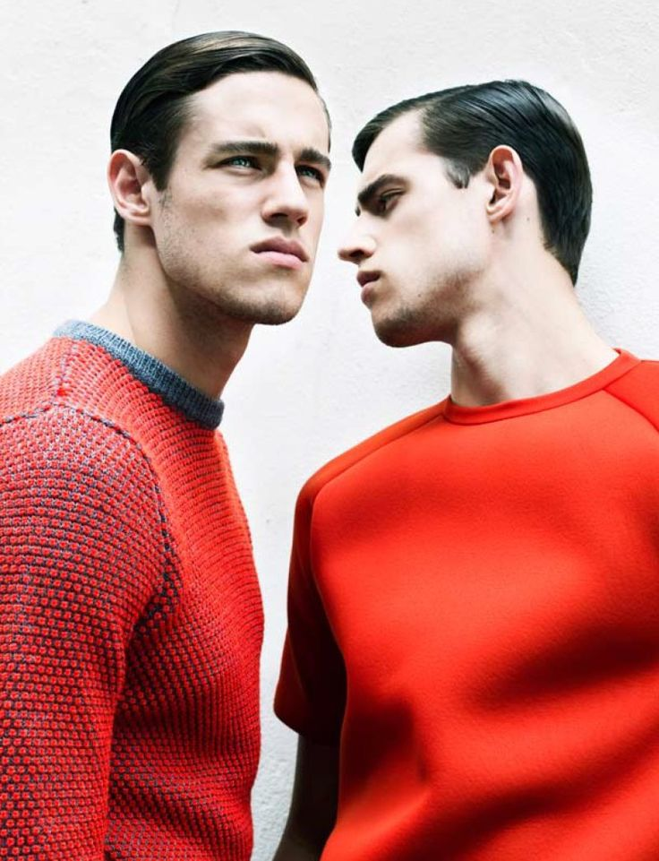 rougeNikolay Biryukov, Colors Men, Red Fashion, Zac Stenmark, Jordans Stenmark, Red Menswear, Men Fashion, Men Knitwear, Man Style