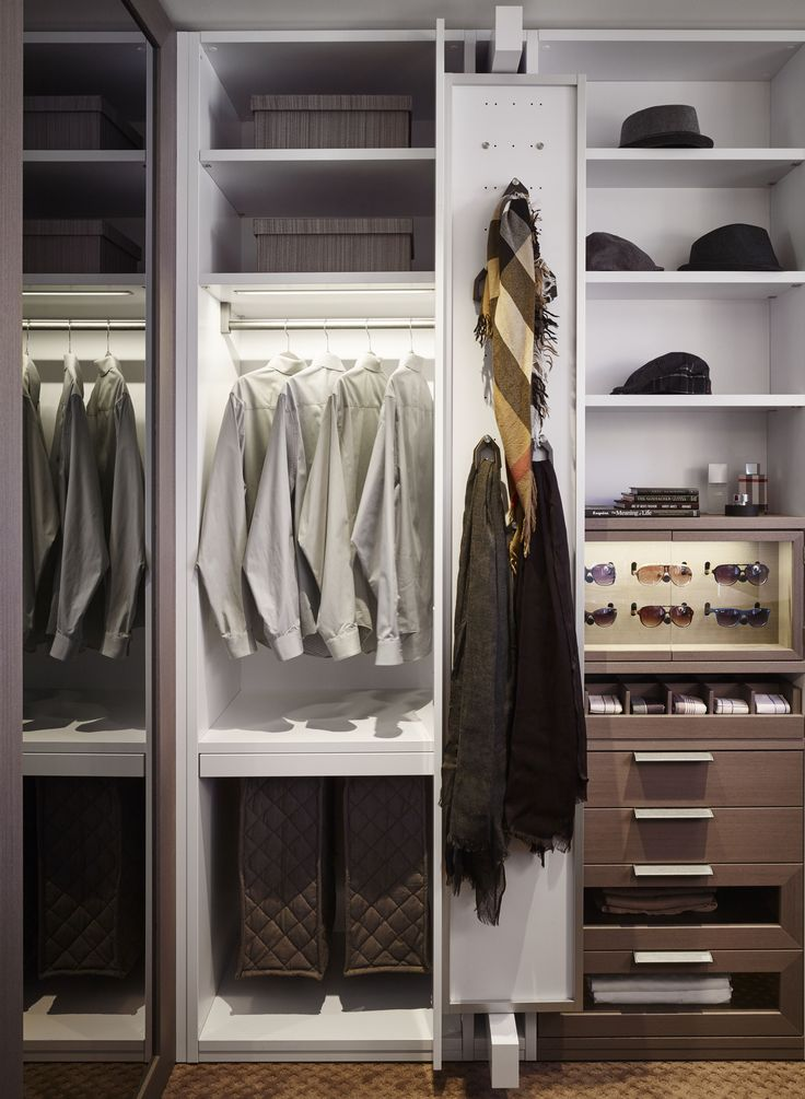 Keeping your closet organized is easy with an Eggersmann design.