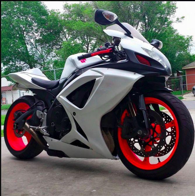 Carbon Fiber Dipped Ducati Wheels