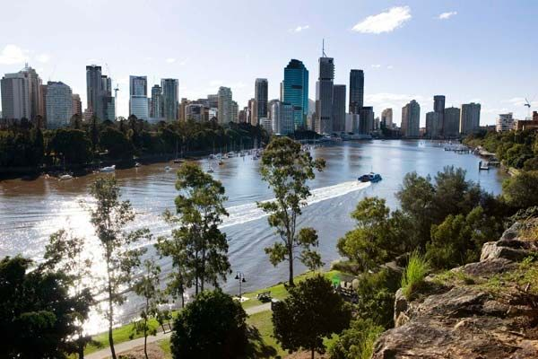 Enjoy Scenic Attractions with Motorhome Hire Brisbane