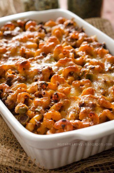 Johnny Marzetti to nazwa zapiekanki z makaronu, mielonej wołowiny, sosu pomidorowego i sera. Potrawa ta powstała w mieście Columbus w stani...