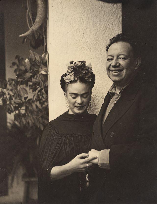 Nickolas Muray Frida Kahlo e Diego Rivera a Tizapán, 1937 Stampa in gelatina, cm 25,4x20,3 Collezione privata Photo by Nickolas Muray © Nickolas Muray Photo Archives