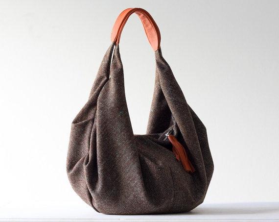 like.: Orange Colors, Handbags Pur,  Postbag, Brown Handbags, Handmade Bags, Brown Wool, Handbags Addiction, Adorable Bags, Orange Leather