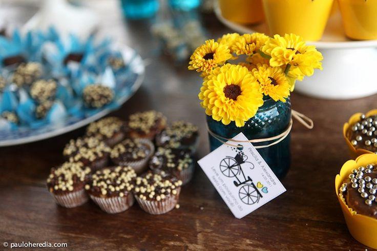 Azul e Amarelo on Pinterest  Casamento, Fotografia and Blue yellow