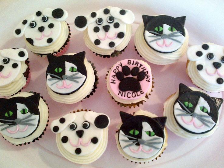 cupcakes cat and dog cupcakes
