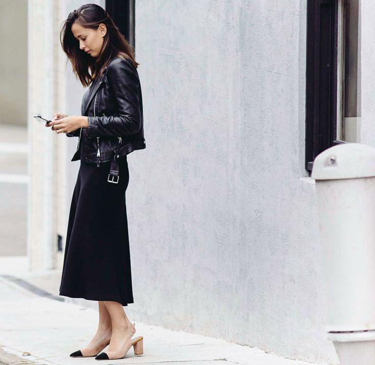 #leatherjacket #leather #jacket #basics #wardrobestaples #styling #style #personalstyling #elishacasagrande