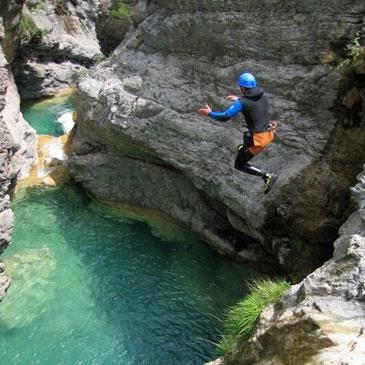Canyon du Fournel (descente très facile) PACA 05 - Sport Découverte - www.sport-decouverte.com