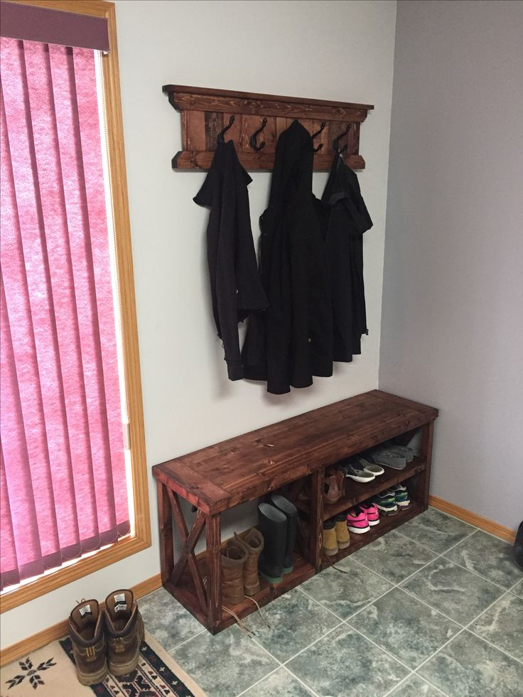 Boot and shoe shelf with matching coat rack