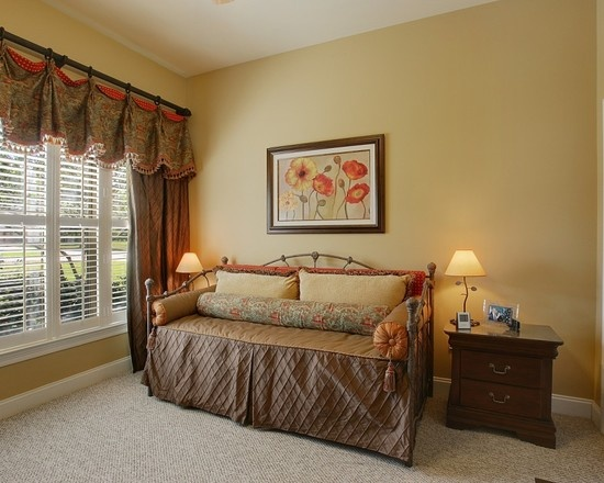 Guest Bedroom With Daybed Custom Bedding And Custom Window Treatments My Work Pinterest