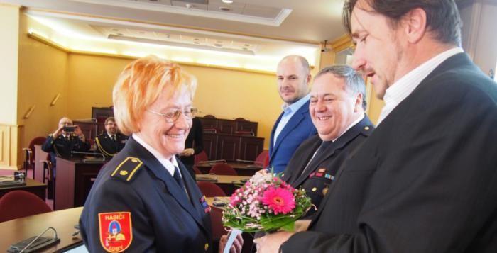 Dobrovolní hasiči pomáhají a vychovávají